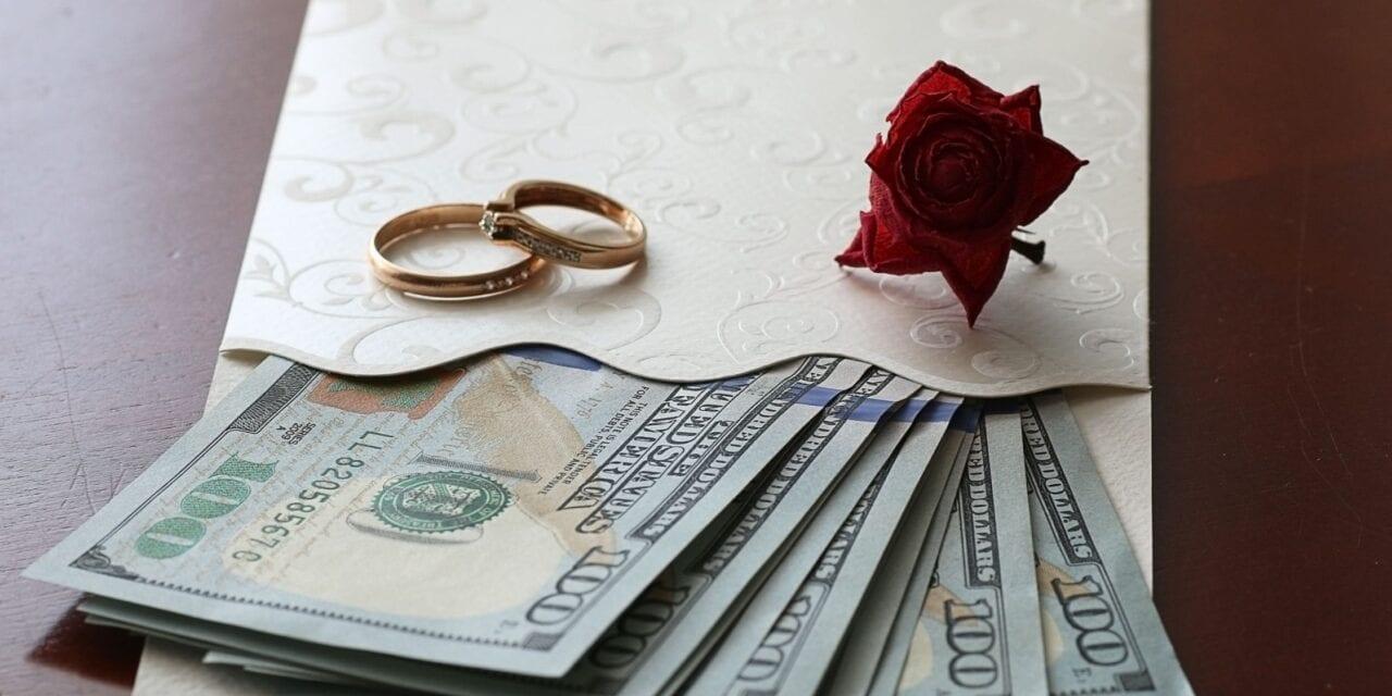04 DICAS para os noivos pedirem dinheiro na lista de presentes